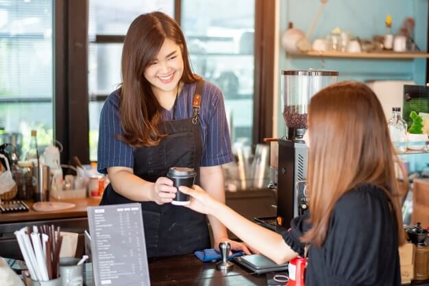 讓服務業成為快樂的事業