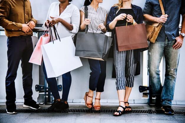 不同顧客熟悉度的銷售模式